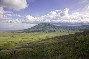 Kerimasi volcano seen from the slope of Lengai. (Photo: Tom Pfeiffer)