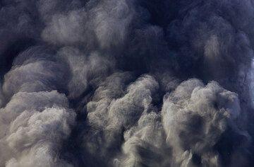 Billowing ash clouds. (Photo: Tom Pfeiffer)