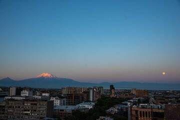 Sunrise with full moon and Ararat volcano seen from Yerevan (Photo: Tom Pfeiffer)