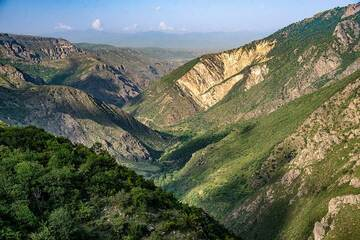 Tatev Gorge seen from our hotel in the evening; view towards the north. (Photo: Tom Pfeiffer)
