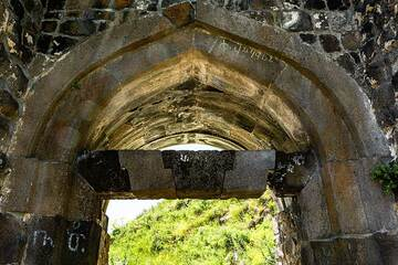One of the entrances to the castle (Photo: Tom Pfeiffer)