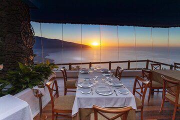 The great restaurant at the mirrador de la Pena on El Hierro. (Photo: Tobias Schorr)