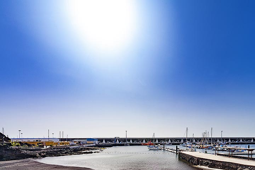 The harbour of La Restinga on El Hierro. (Photo: Tobias Schorr)
