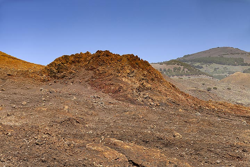 Old volcanic hornitos at Orchilla on El Hierro island. (Photo: Tobias Schorr)