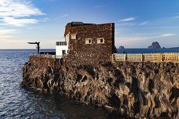 "The ""smallest hotel"" on El Hierro island. (Photo: Tobias Schorr)"