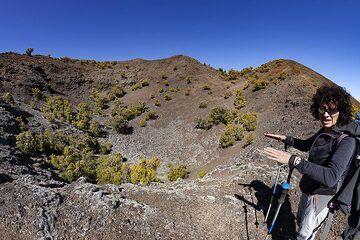 Eveline Pradal at one of the Tanganasoga craters on El Hierro island. (Photo: Tobias Schorr)