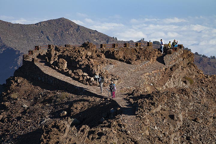 The great viewpoint of Roques de Muchachos on La Palma island. (Photo: Tobias Schorr)