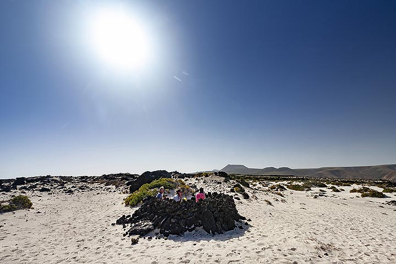 Playas blacas de Orzola on Lanzarote. (Photo: Tobias Schorr)