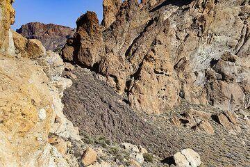 Lava flow in the caldera of Teide volcano on Tenerife island. (Photo: Tobias Schorr)