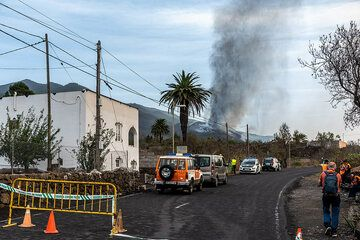 At the road block in Tacande. (Photo: Tom Pfeiffer)