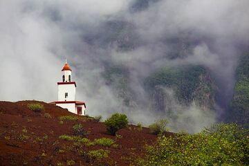 Lighthouse-church Virgen de Candelaria, La Frontera (Photo: Tom Pfeiffer)
