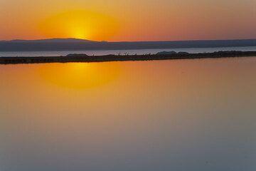 Sunrise above a saline at Lake Afdera (Photo: Tom Pfeiffer)
