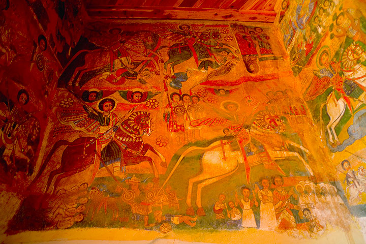 Old wall paintings illustrating histories of the bible (Photo: Tom Pfeiffer)