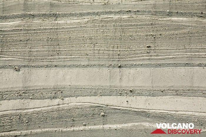 Bims-Schichten der Laacher See Eruption im berühmten Steinbruch Wingertsbergwand bei Mendig. (Photo: Tobias Schorr)