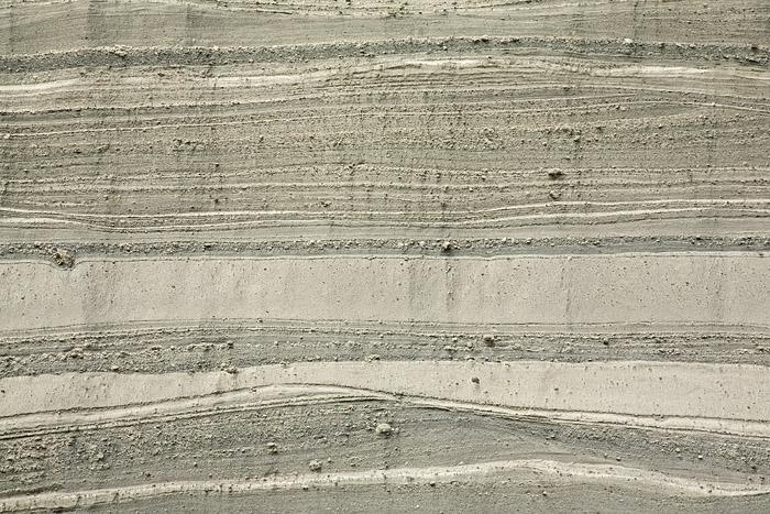 Pumice layers of the Laacher Lake eruption at the quarry Wingertsbergwand near Mendig/Germany (Photo: Tobias Schorr)