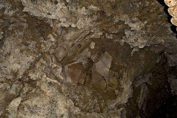 Fremgestein (Bundsandstein/Trias) in der Lava des Arnsberg-Vulkan (Photo: Tobias Schorr)