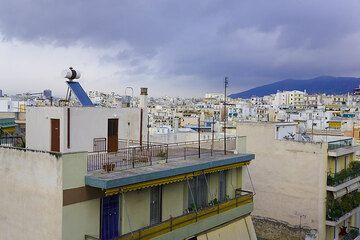 Rain clouds over the city of Athens (March 2009) (Photo: Tom Pfeiffer)
