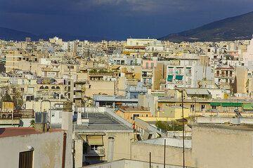 Houses of Athens (Photo: Tom Pfeiffer)