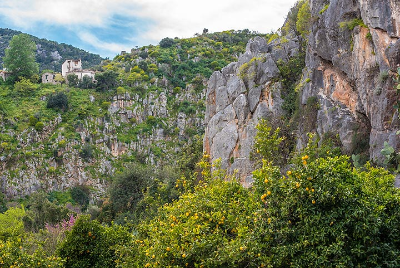 Canyon at Nea Epidauros (Photo: Tom Pfeiffer)
