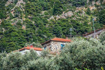 House in Kameni Chora (Photo: Tom Pfeiffer)