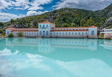 The volcanic hot springs of Methana - the former Royal Spa (Photo: Tom Pfeiffer)