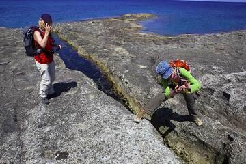 Milos Island (Greece) tour April 2012 - Sarakiniko hike (Photo: Tom Pfeiffer)