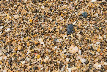 Beach sand (Photo: Tom Pfeiffer)