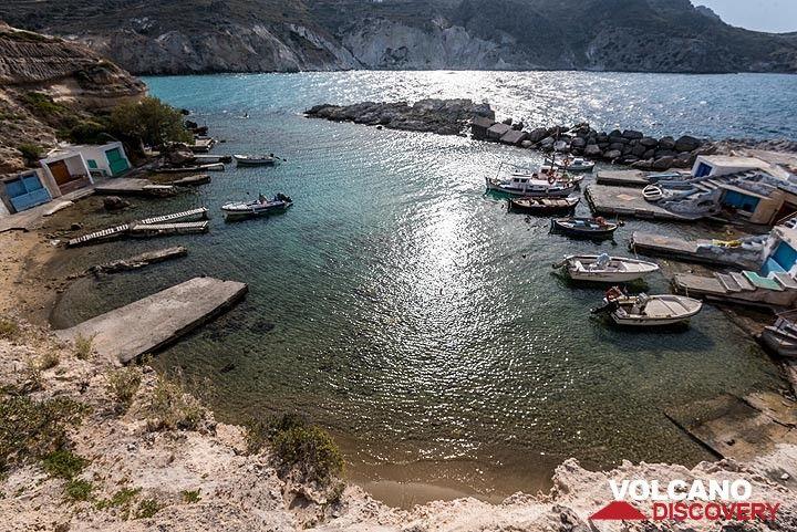 Mandraki fishing harbour. (Photo: Tom Pfeiffer)