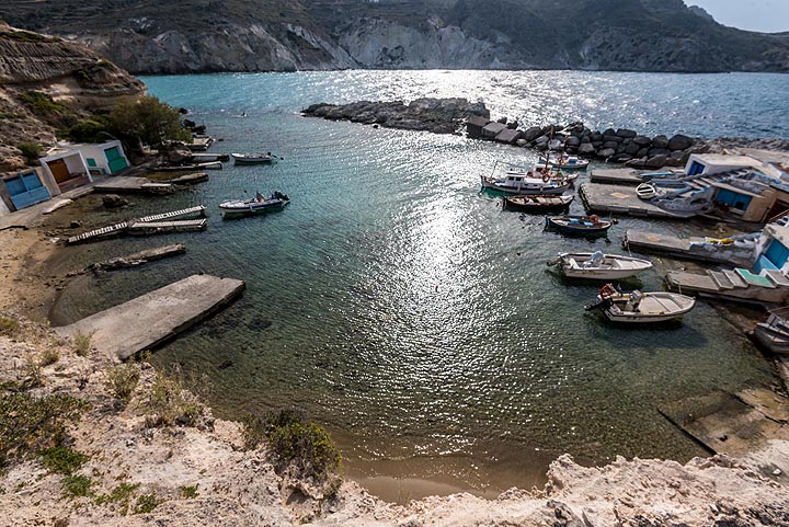Mandraki fishing harbour. (Photo: Tom Pfeiffer)
