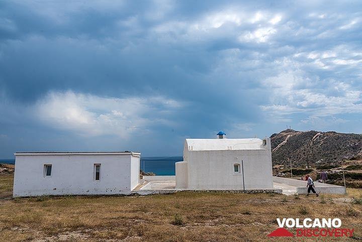 A land house above Agia Kiriaki bay (Photo: Tom Pfeiffer)