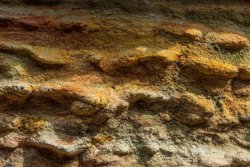 Greenish and yellow oxidation colors (Photo: Tom Pfeiffer)