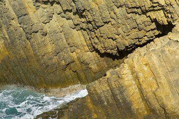 Basalt columns (Photo: Tom Pfeiffer)