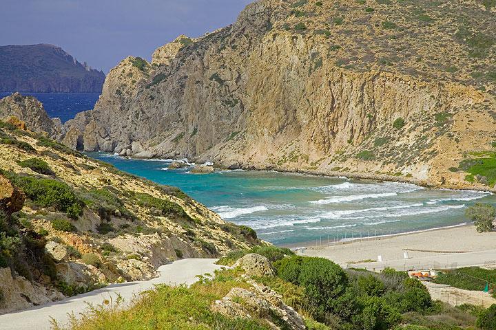 Platanos beach (Photo: Tom Pfeiffer)