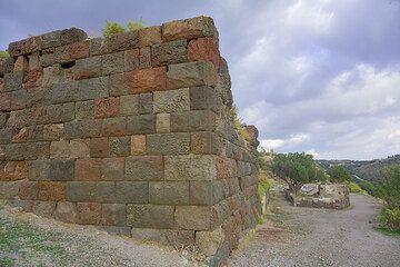 Ancient stone wall near the Greek theatre (Photo: Tom Pfeiffer)