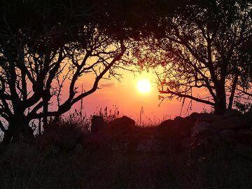 Sunset from Paleo Kastro (Photo: Ingrid Smet)