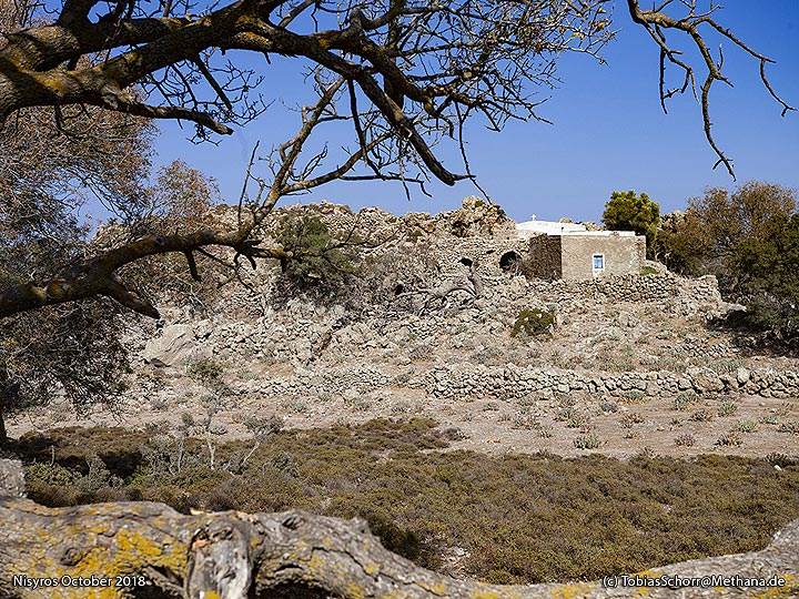 The monastery at Nymphios valley. (Photo: Tobias Schorr)