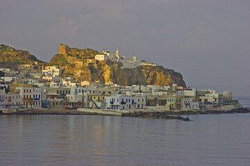 Ankunft auf Nisyros am frühen Morgen. (c)