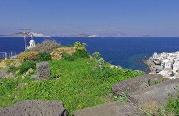 Blick von der Burg aus; Yali und Kos im Hintergrund (c)
