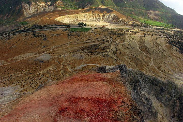 Nisyros March 2008: the volcano (c)