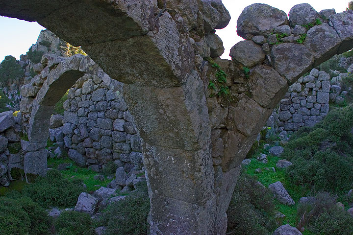 Nisyros Island, March 2008: excursion to the mountain and old ruins (c)