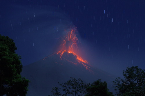 Eruption from Fuego volcano seen from the south (Photo: Yashmin Chebli)