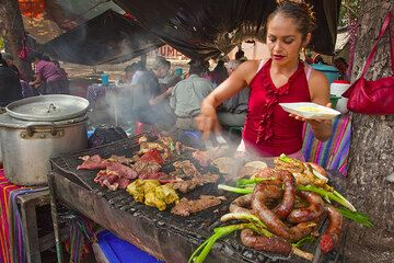 Barbecue stand in Guatemala City (Photo: Tom Pfeiffer)