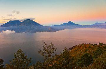 Atitlán See Kaldera (Photo: Tom Pfeiffer)