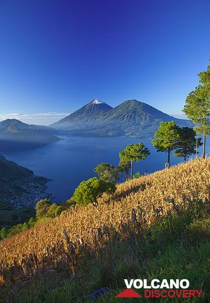 Matin sur le Lac Atitlan (Photo: Tom Pfeiffer)