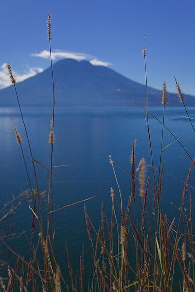 Tolimán volcán (Photo: Tom Pfeiffer)