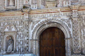 Cathedral of Quetztaltenango (Photo: Tom Pfeiffer)