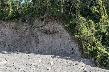 Pyroclastic flow deposits at the banks of the San Antonio valley SE of Fuego volcano. (Photo: Tom Pfeiffer)