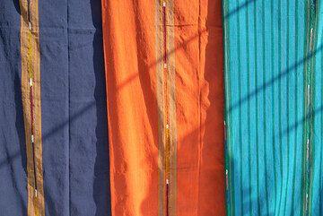 Mayan market colors (Photo: Tom Pfeiffer)