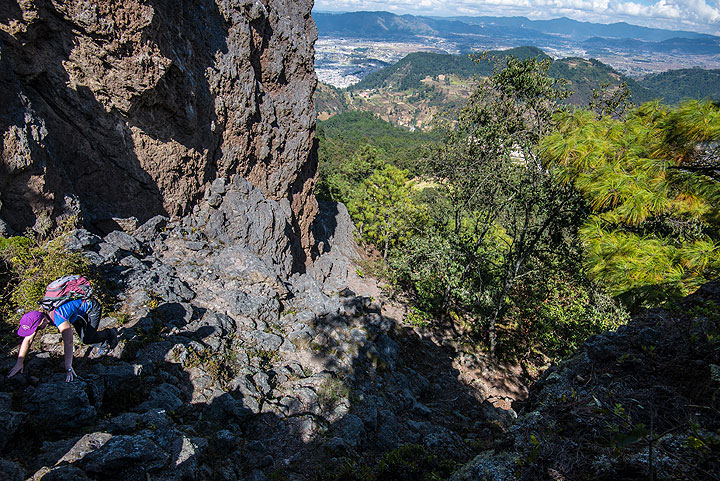 Climbing towards the 1818 lava dome is relatively steep, but easy. (Photo: Tom Pfeiffer)
