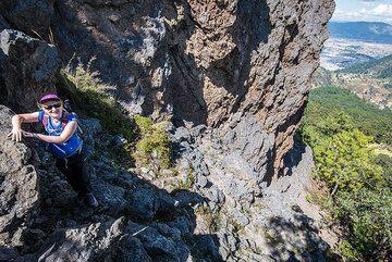 Christine on her way up Cerro Quemado. (Photo: Tom Pfeiffer)